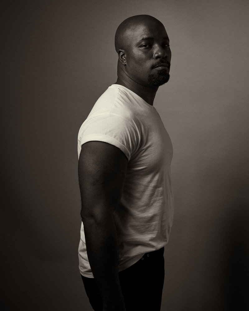 Esquire mike colter 01 800 0x0x2798x3500 q85